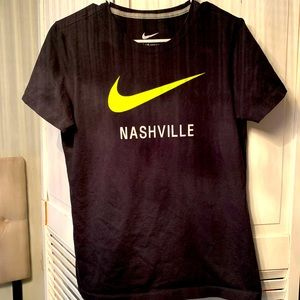 🔥NIKE NASHVILLE ladies crew neck fitted t shirt🔥